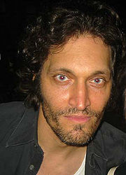 180px-Vincent-Gallo-2